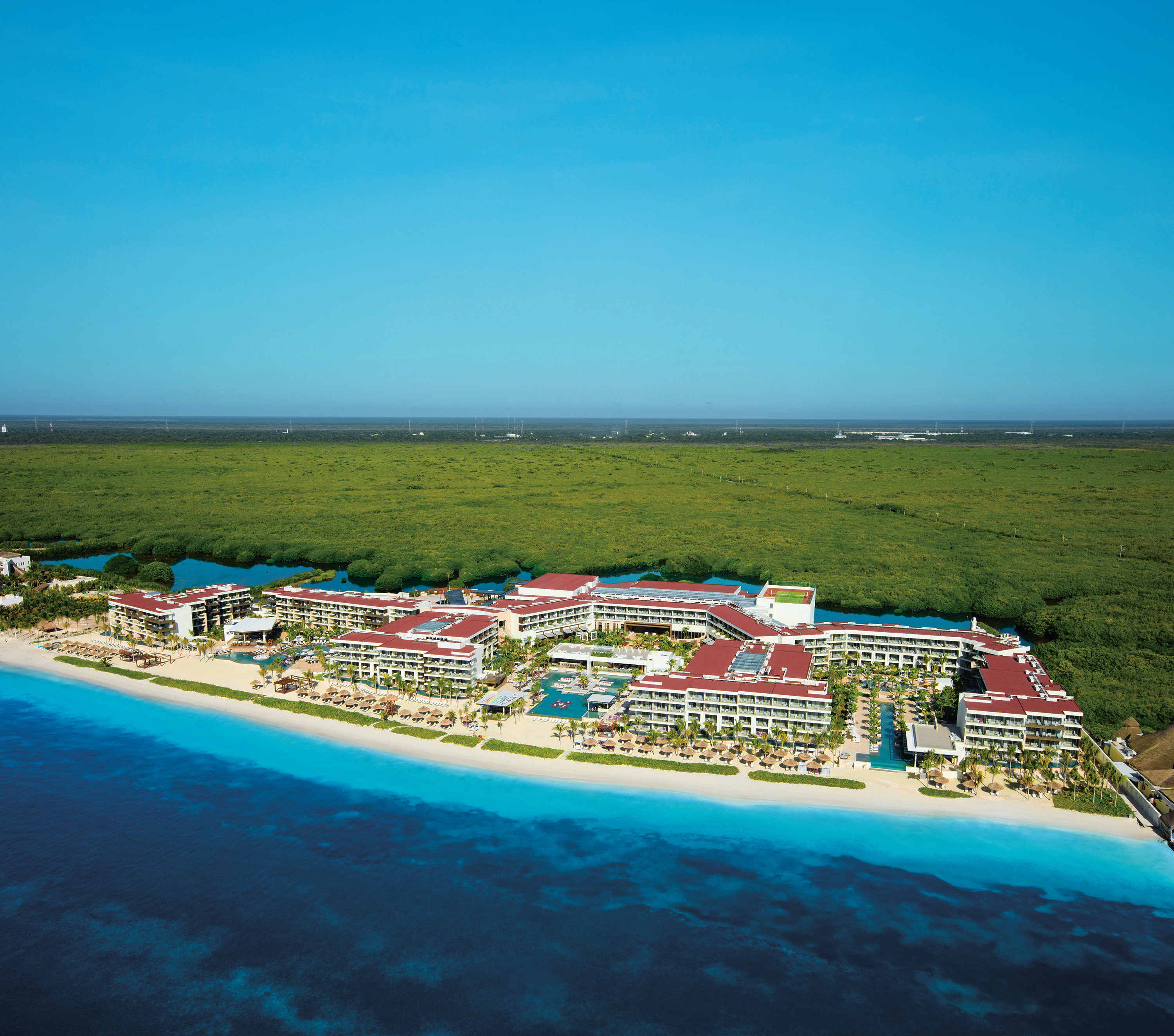 Travel Agency All-Inclusive Resort Breathless Riviera Cancun 01