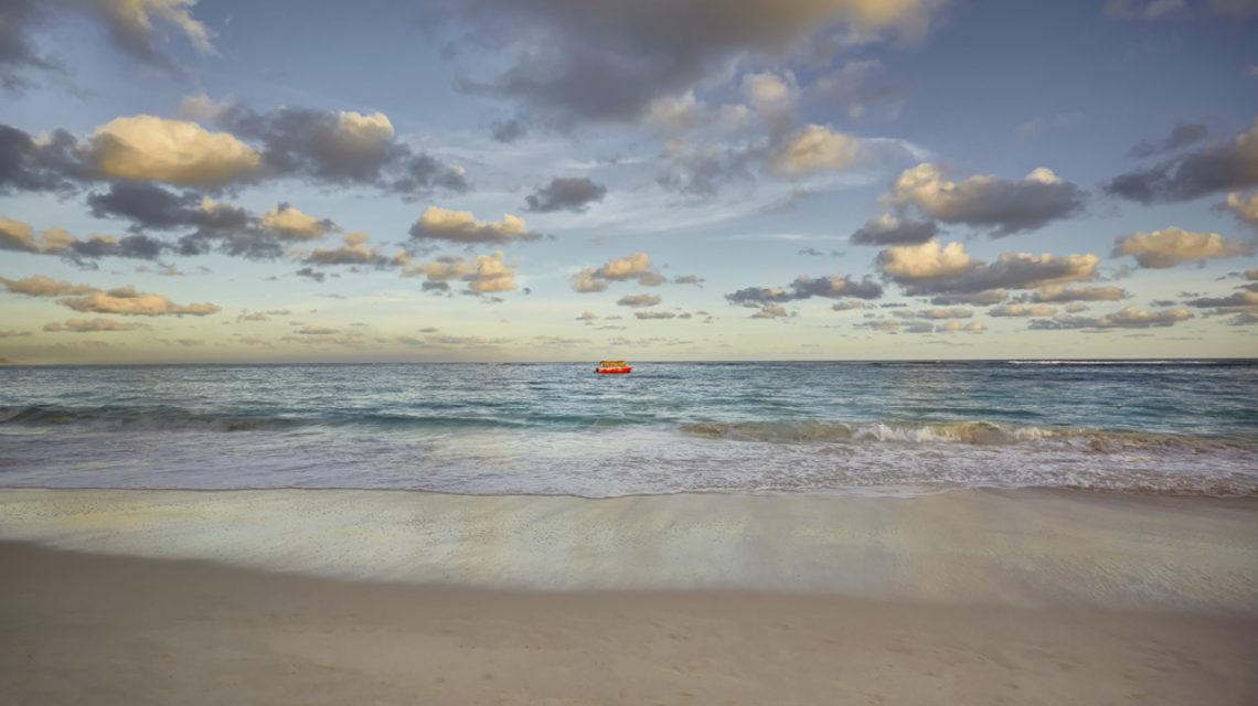 Travel Agency All Inclusive Resort Hideaway at Royalton Punta Cana 08