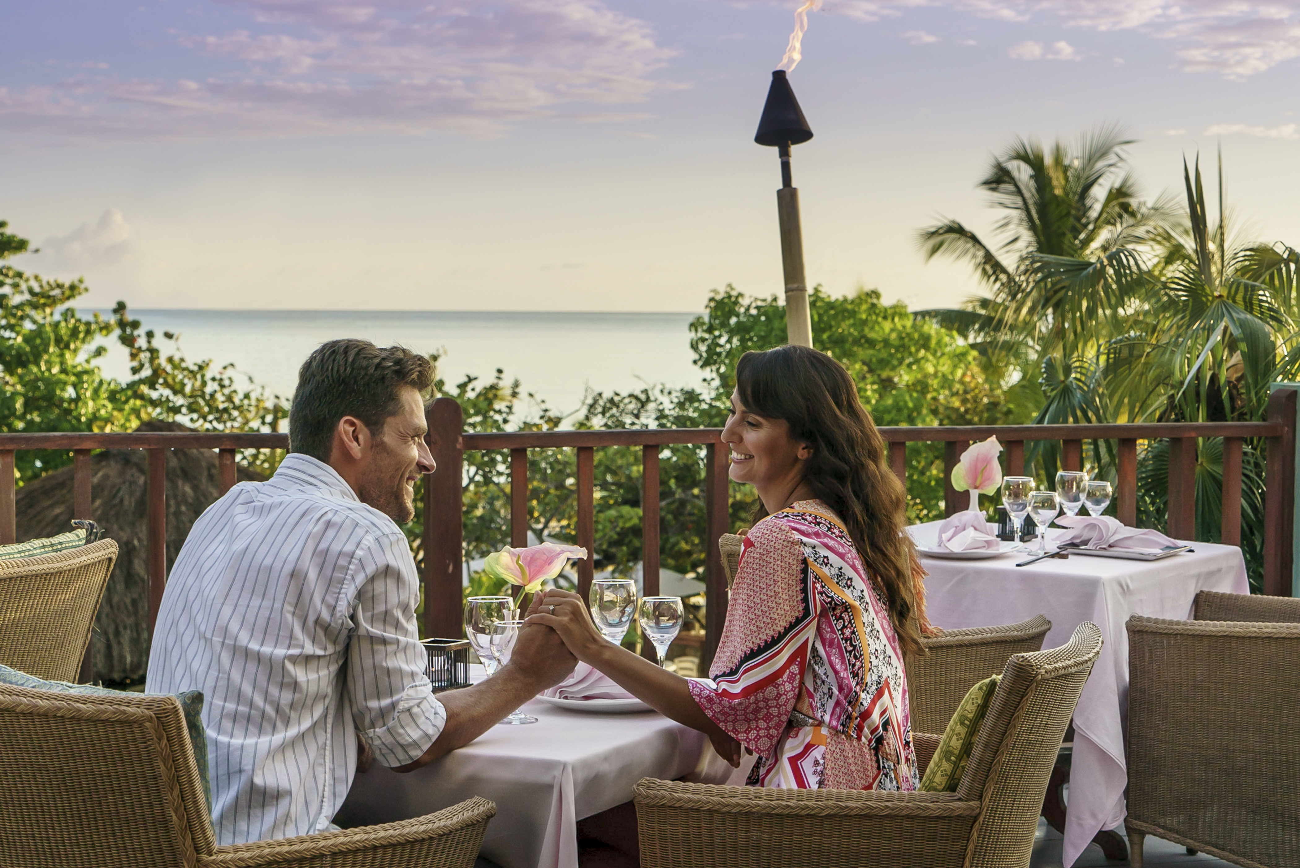 Travel Agency All-Inclusive Resort Couples Swept Away 24