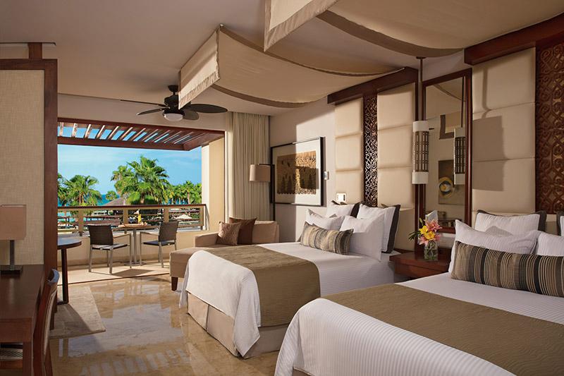 Travel Agency All-Inclusive Resort Secre