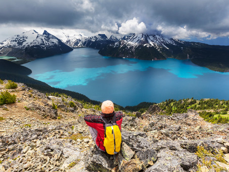 """Scientists May Have Found the """"Wanderlust Gene."""" Do You Have It?"""