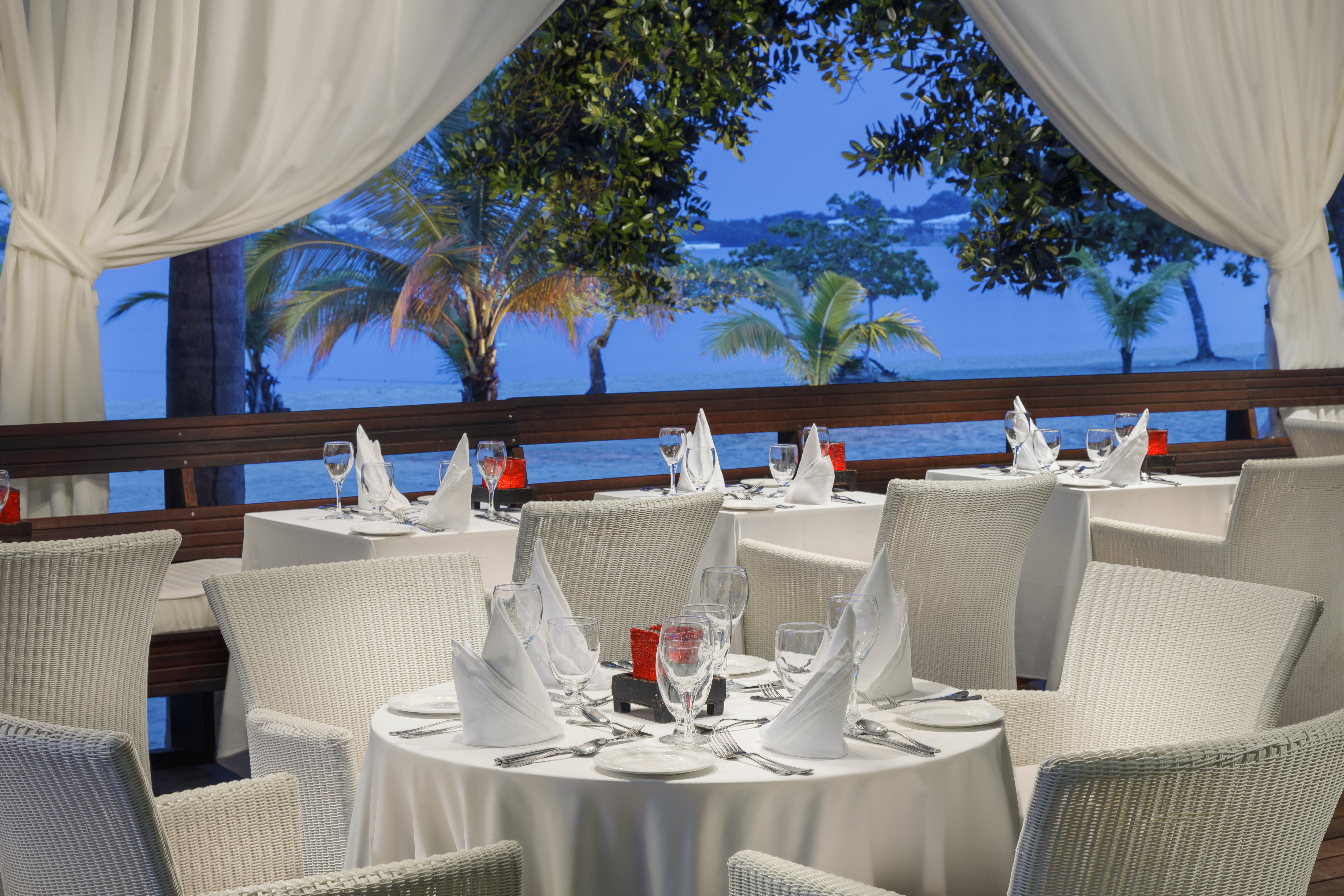 Travel Agency All-Inclusive Resort Couples Negril 16