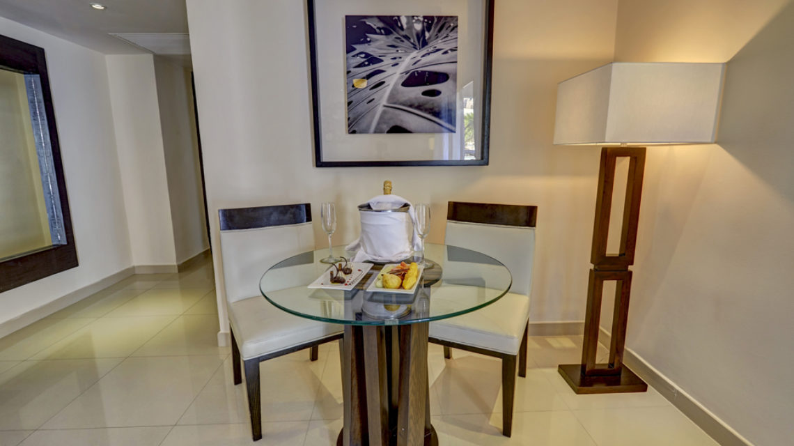 Travel Agency All Inclusive Resort Hideaway at Royalton Punta Cana 17