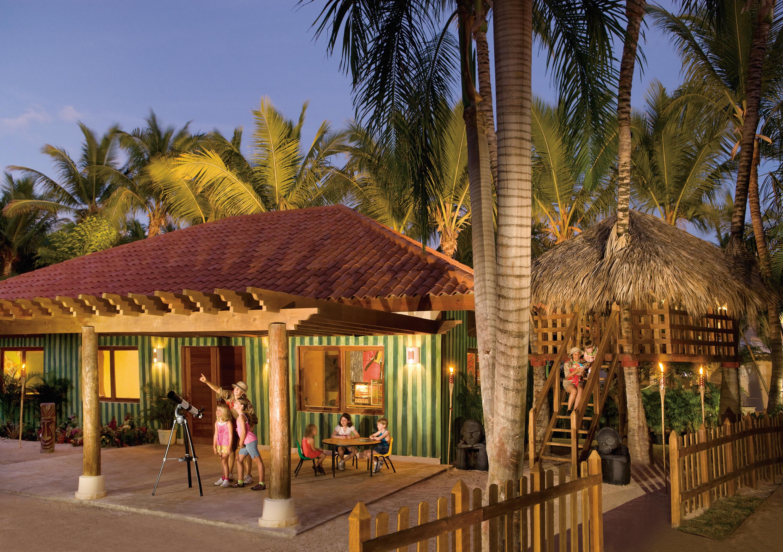 Travel Agency All-Inclusive Resort Dreams Palm Beach 56