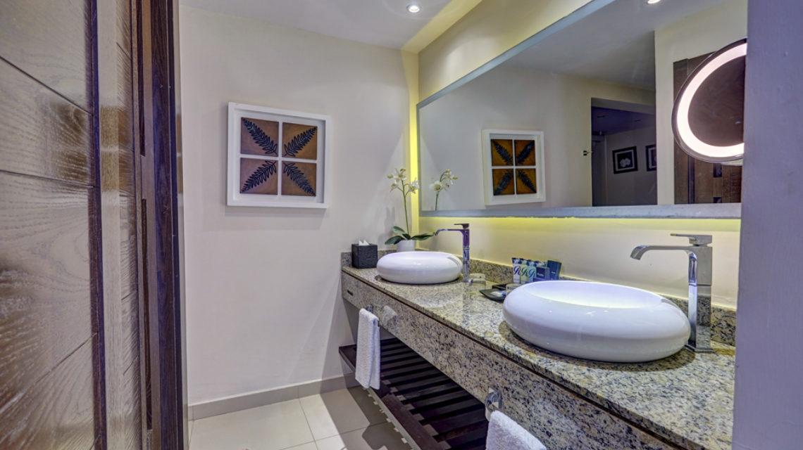 Travel Agency All Inclusive Resort Hideaway at Royalton Punta Cana 20