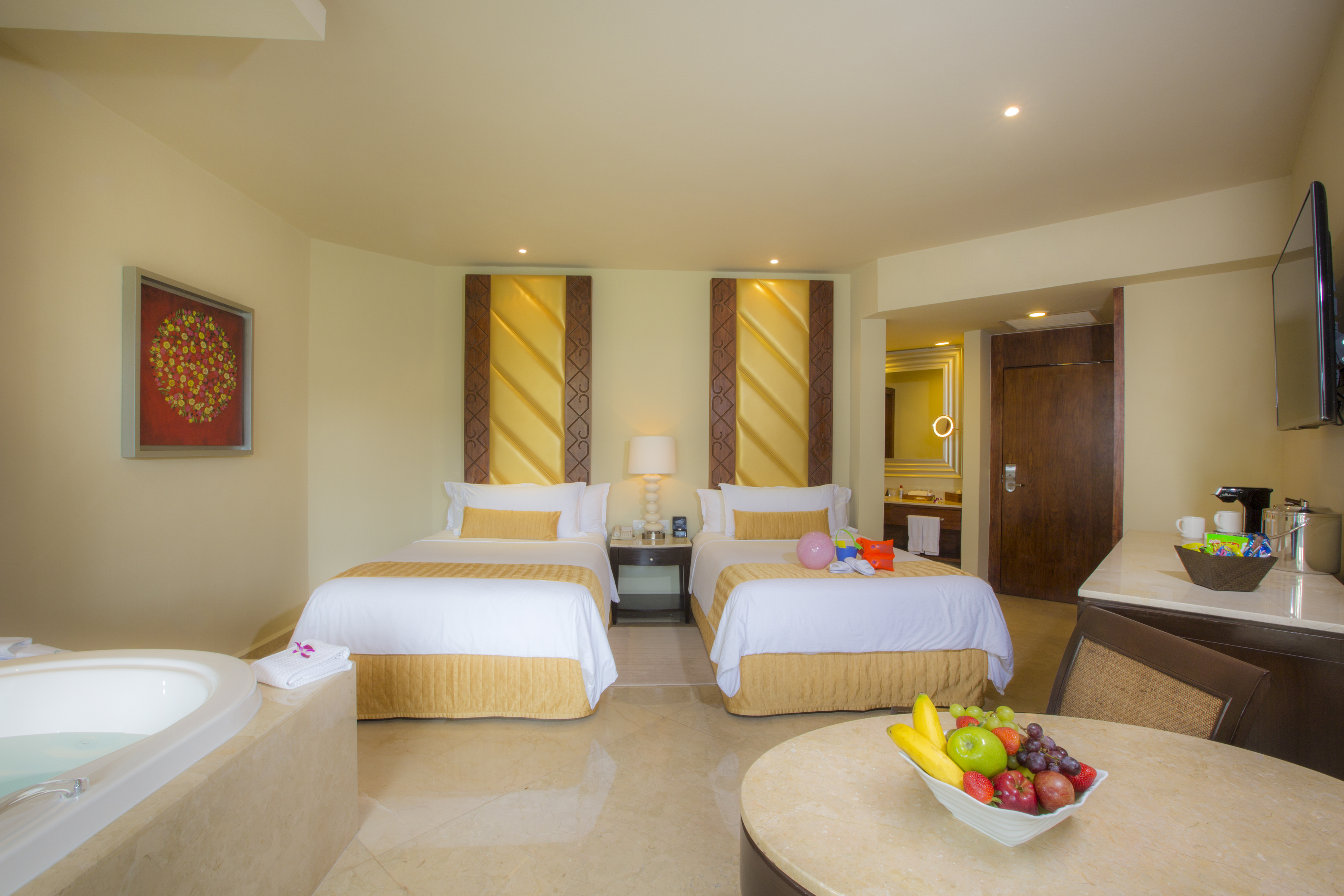 Travel Agency All-Inclusive Resort_Moon