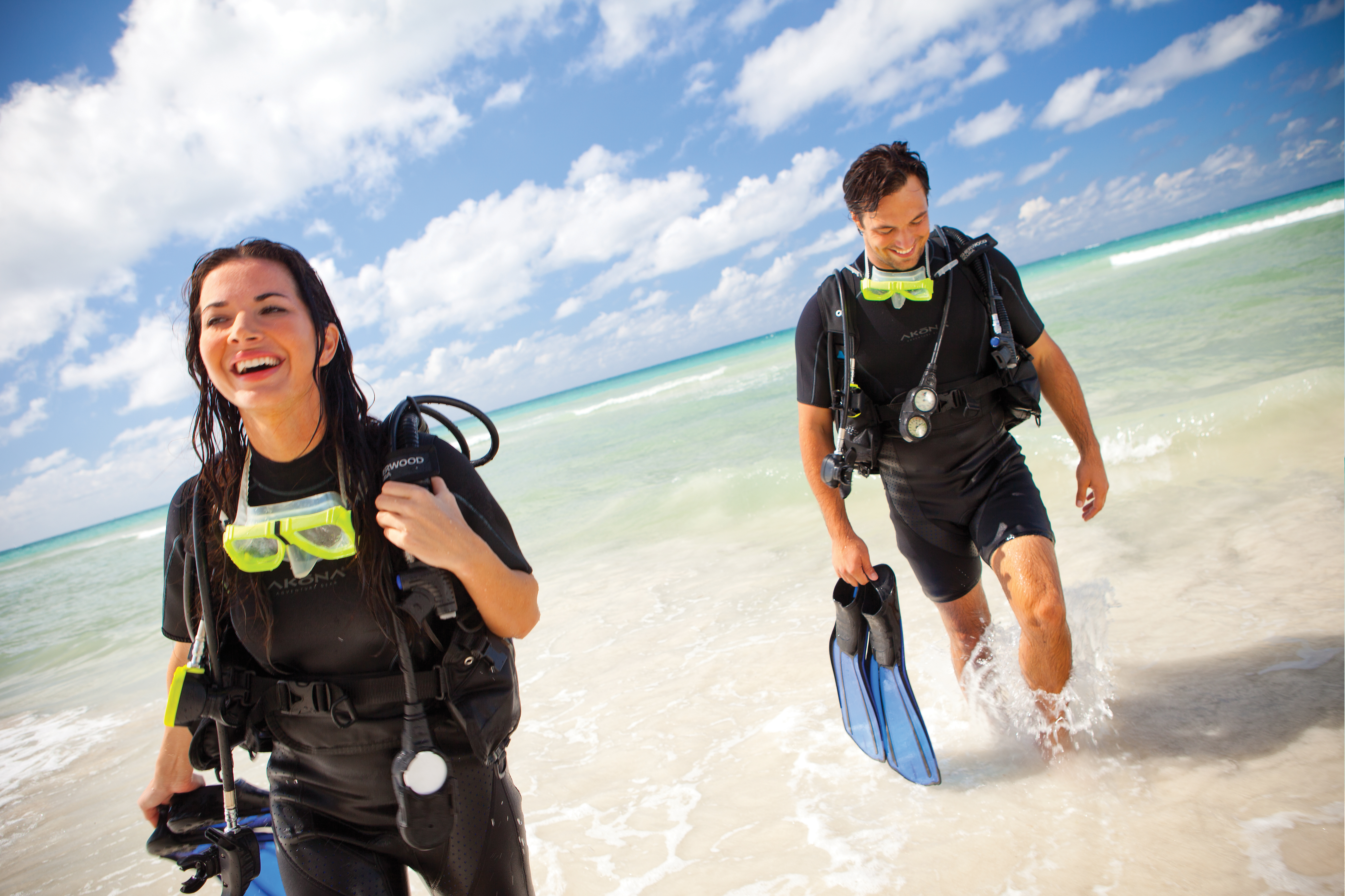 Travel Agency All-Inclusive Resort Couples Swept Away 38