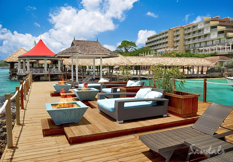 Travel Agency All-Inclusive Resort Sandals Ochi 094