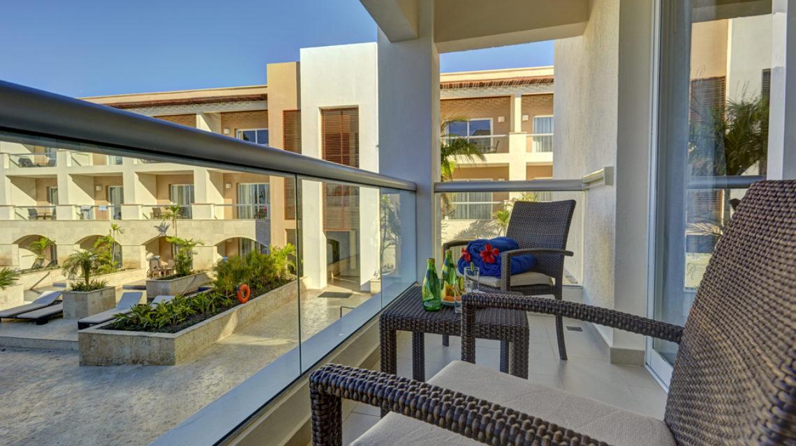 Travel Agency All Inclusive Resort Hideaway at Royalton Punta Cana 22