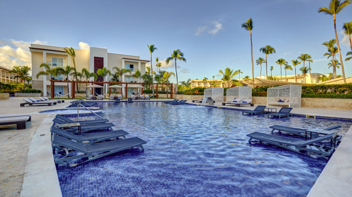 Travel Agency All Inclusive Resort Hideaway at Royalton Punta Cana 01