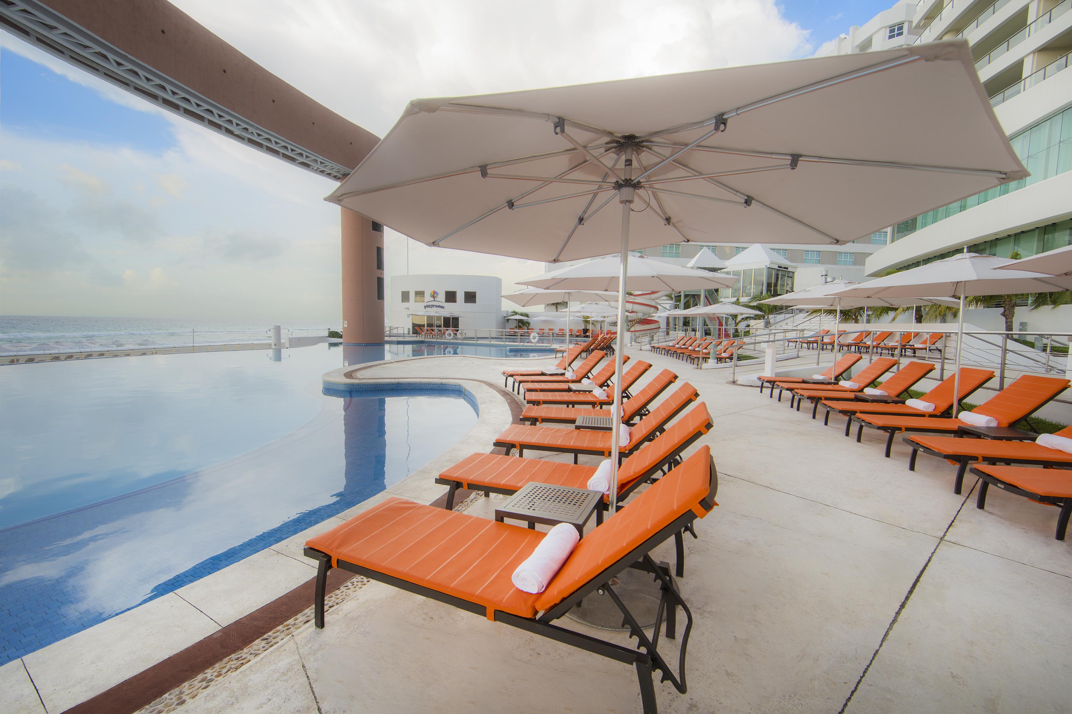 Travel Agency All-Inclusive Resort_Beach