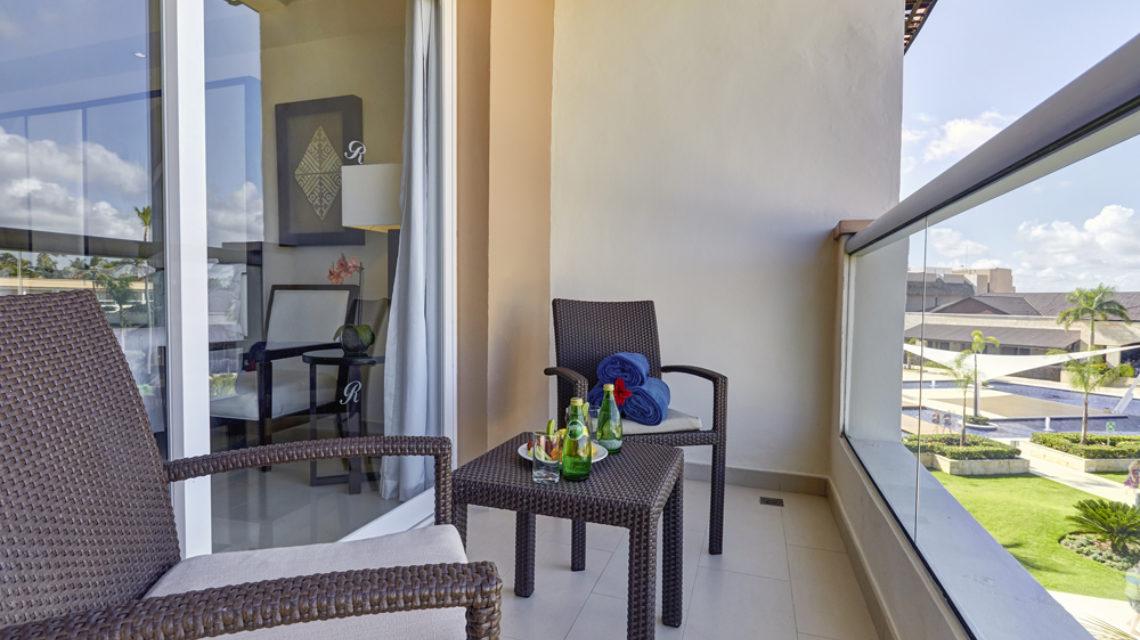 Travel Agency All Inclusive Resort Hideaway at Royalton Punta Cana 14