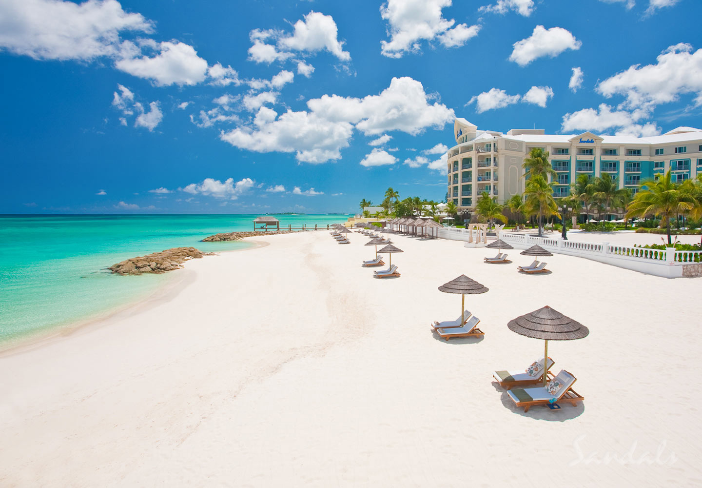 Travel Agency All-Inclusive Resort Sandals Royal Bahamian 001