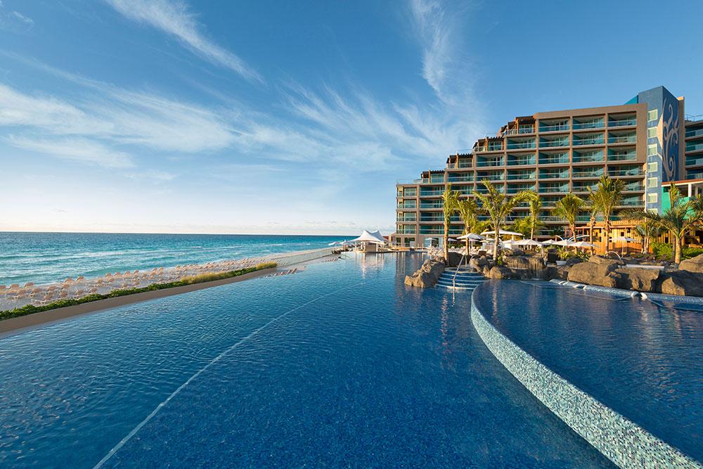 Travel Agency All-Inclusive Resort Hard Rock Cancun 09