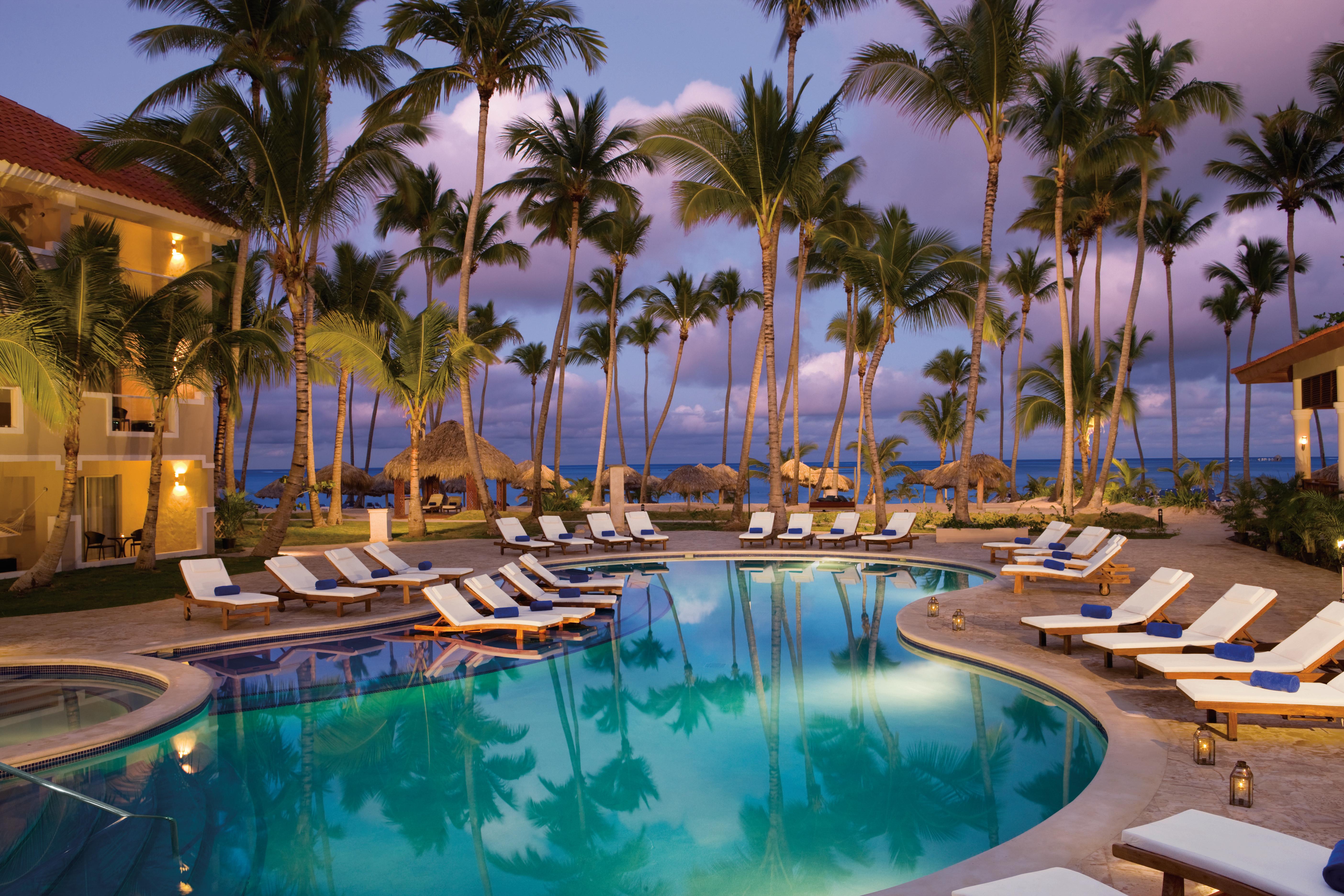 Travel Agency All-Inclusive Resort Dreams Palm Beach 03