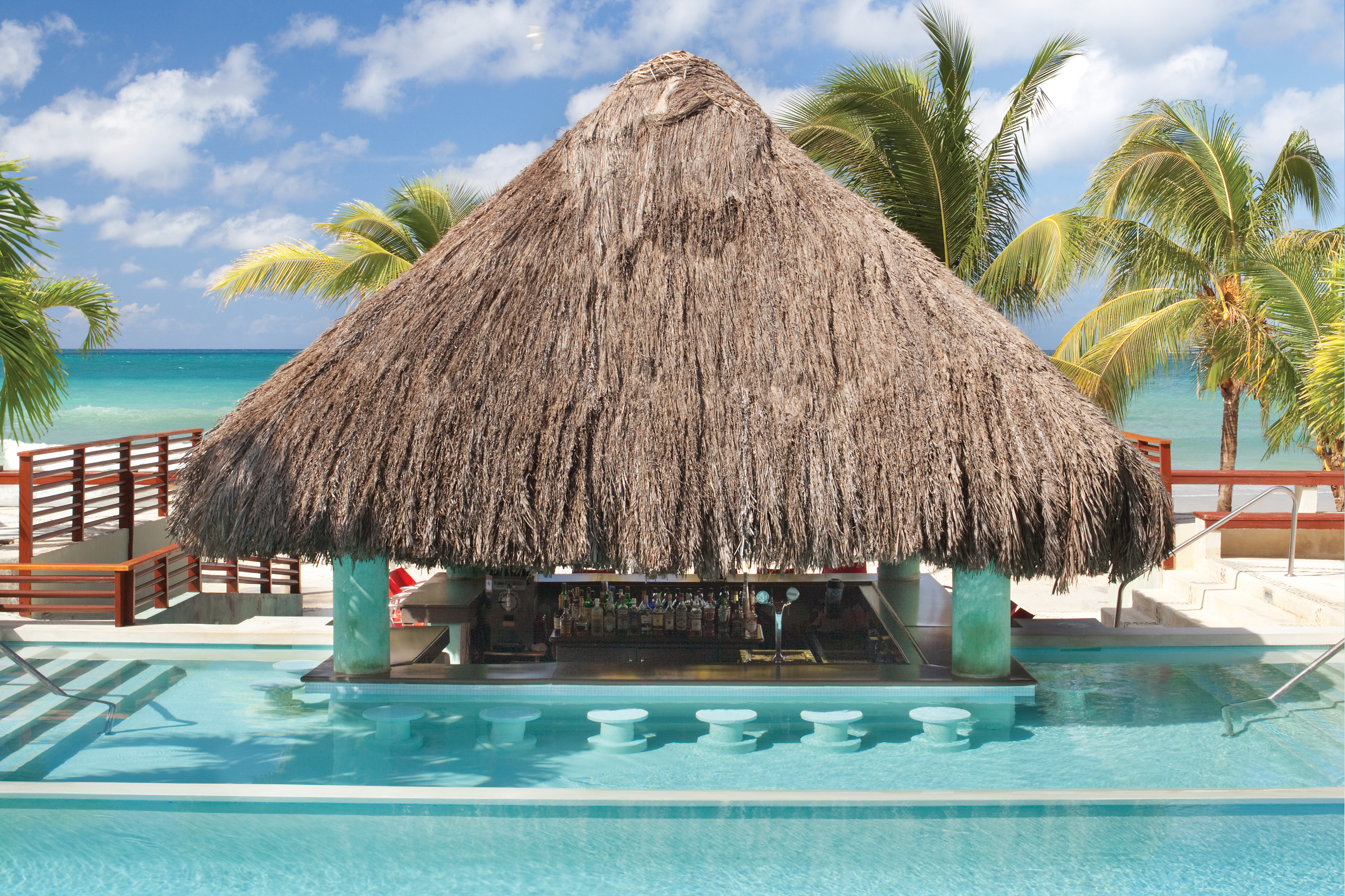 Travel Agency All-Inclusive Resort Couples Swept Away 58