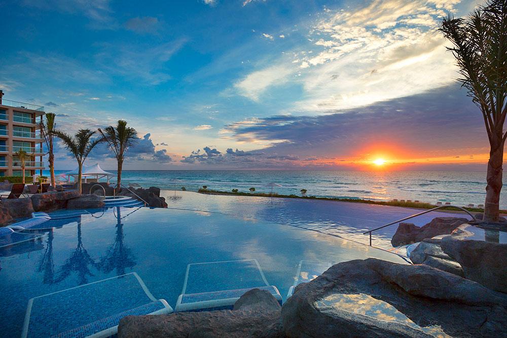 Travel Agency All-Inclusive Resort Hard Rock Cancun 06