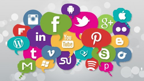 As empresas devem priorizar as mídias sociais que mais contribuem para a divulgação do conceito das marcas