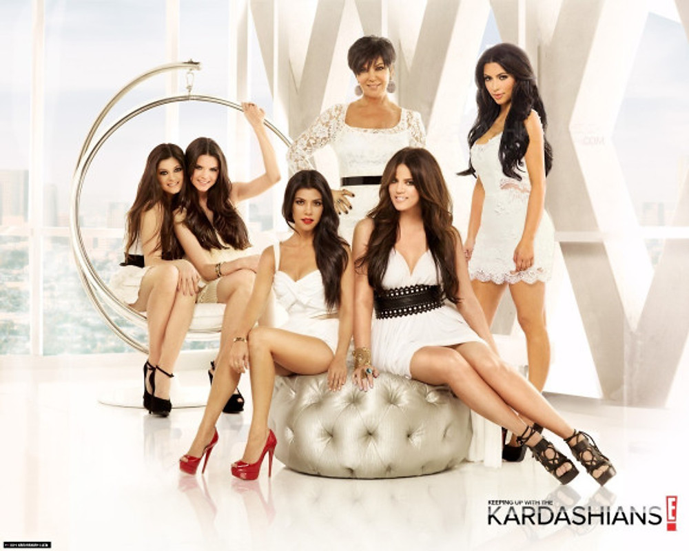 """Keeping up with the Kardashians"": a ostentação da família moderna norte-americana"
