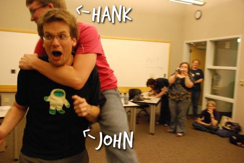 Os irmãos John e Hank Green