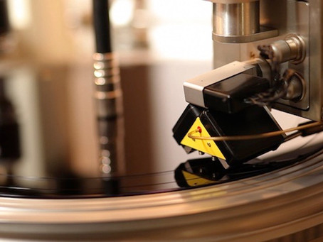Fabrica de discos de vinilo sufre aparatoso incendio
