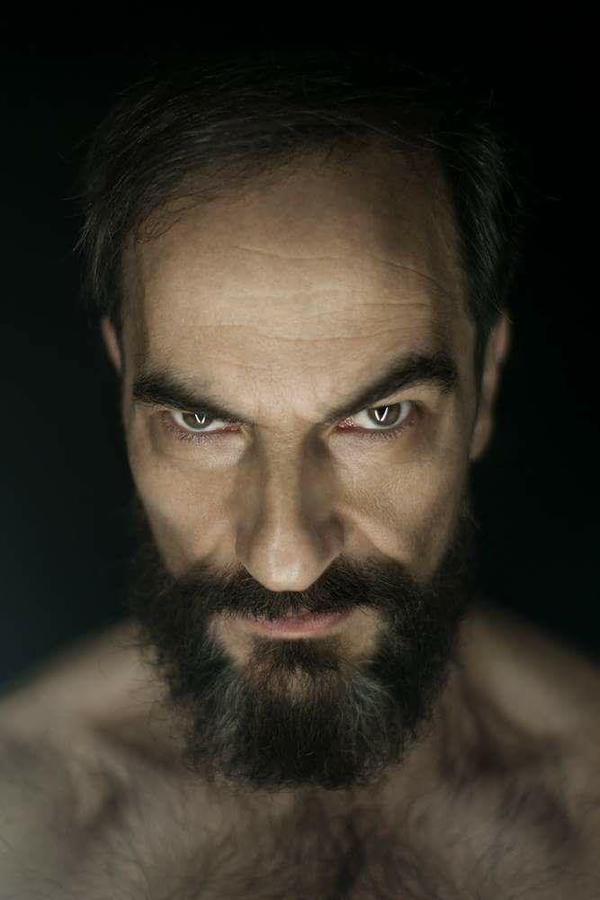 """Javier Peña, Actor en """"Eyes"""" de Enrique Toribio."""