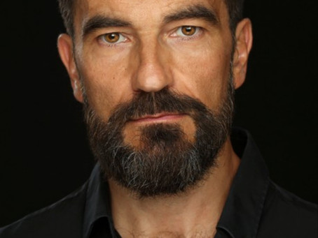 Javier Peña, Actor ya tiene nuevo Book 2018.
