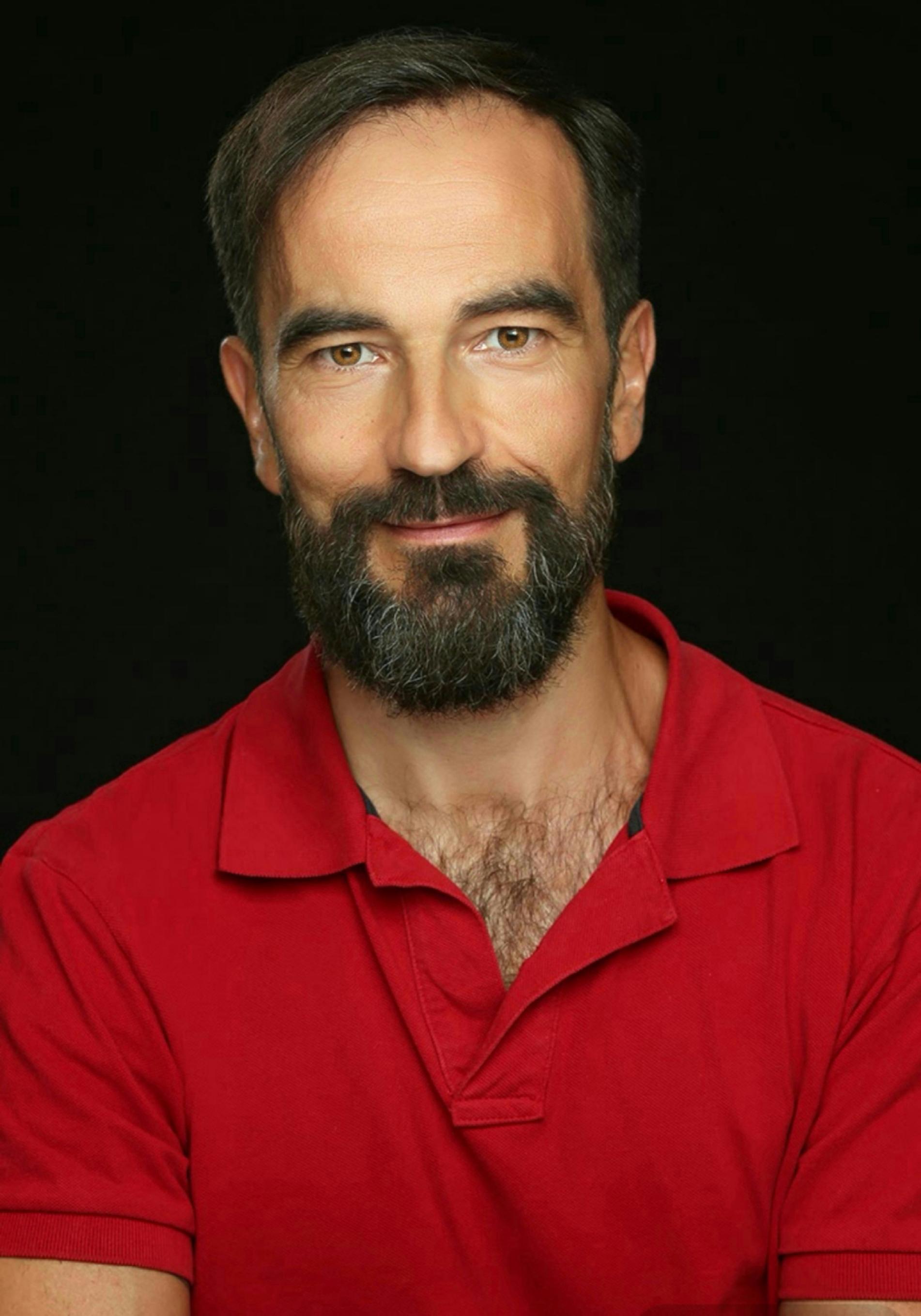 Javier Peña10
