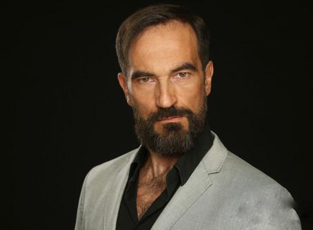 Javier Peña, Actor estrena Videobook 2017.