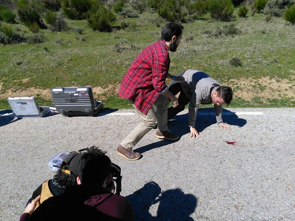 Javier Peña, Actor, ayudando al actor Pedro Rudolphi tras el atropello