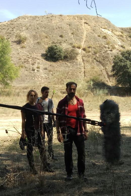 Javier Peña junto a Ana Tertre y Carlos Bravo, los actores que encarnan a los hijos de Jonás.