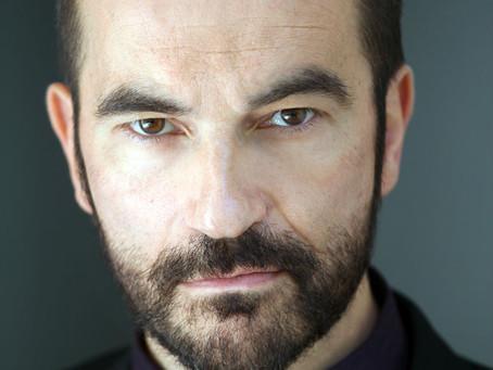 Javier Peña, Actor lucha en las Redes Sociales por la dignificación de la Cultura en España.