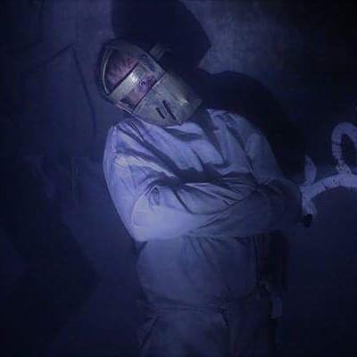 El actor Javier Peña como Hannibal Lecter en el Túnel del Terror.