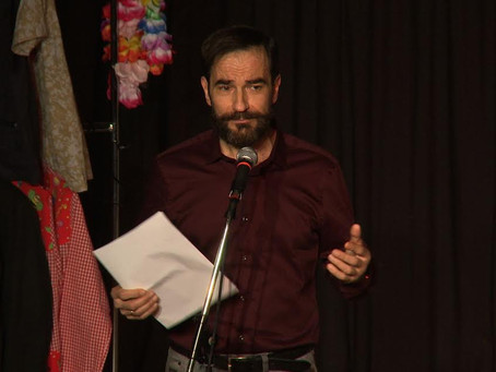 Javier Peña, Actor presenta de nuevo un certamen de teatro.