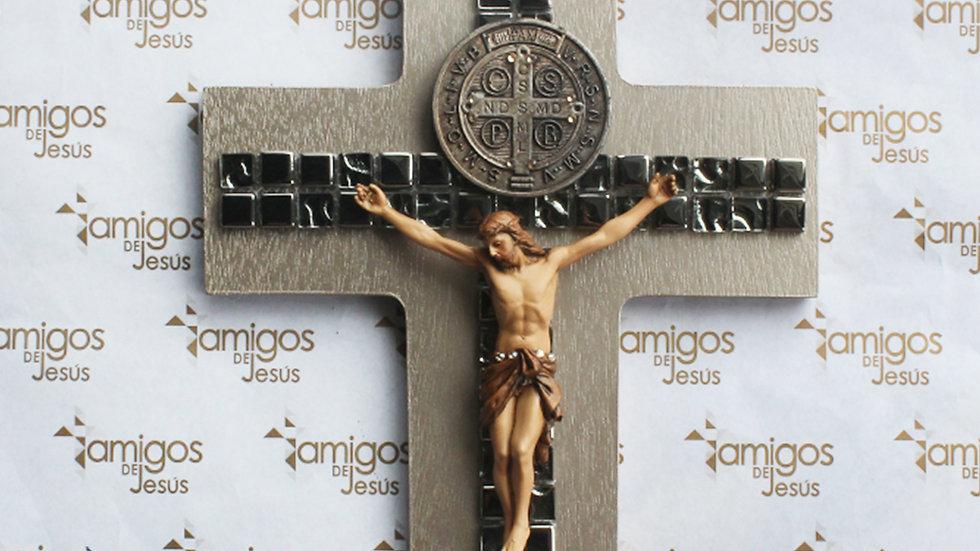 Cruz con medalla de San Benito