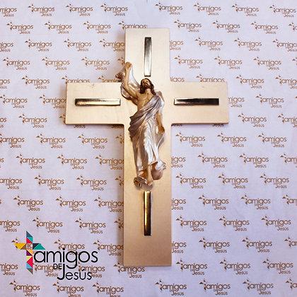 Cruz Cristo con Manto Plateado