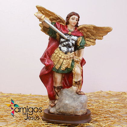 Estatuilla Arcángel San Miguel Capa Roja