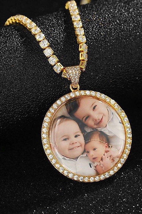 LARGE Memorable Picture Chain
