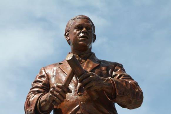 Maestro Joe Arroyo Monumento Barranquill