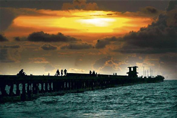 Muelle de Puerto Colombia (Copy).jpg