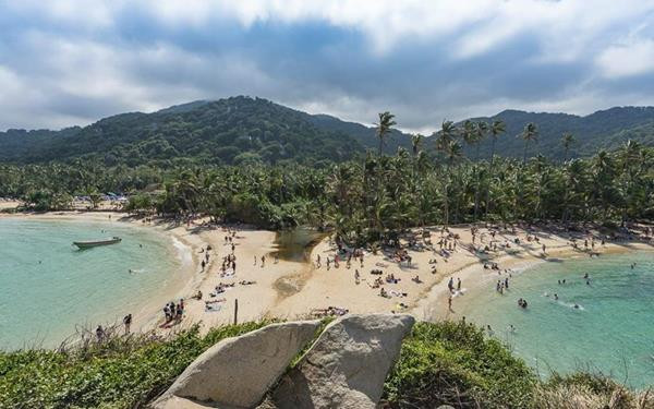 Tayrona Surf Camp | Advanced | Newtours Colombia