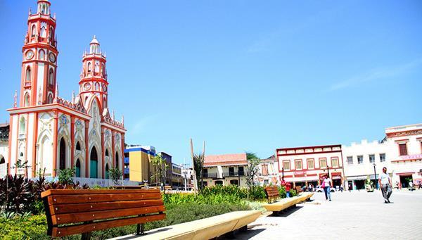 Plaza San Nicolas Baq (Copy).jpg