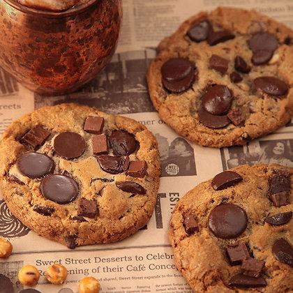 Sweet Street Sandy's Chocolate Chunk w/Pretzel Manifesto® Cookie