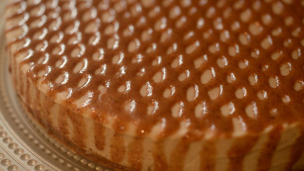 Almond Caramel Banana Cheesecake • 12-16 servings