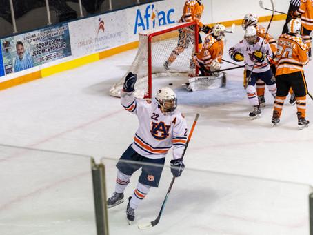 Auburn earns series sweep of Ice Vols in 7-2 victory