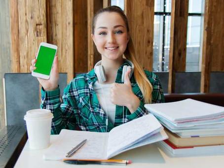 4 cose da sapere per educare i giovani all'uso sano del web