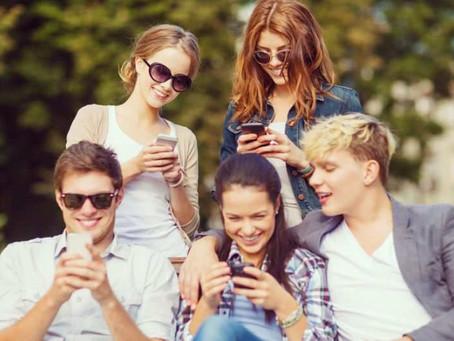 Genitori di adolescenti e social network: cosa fare?
