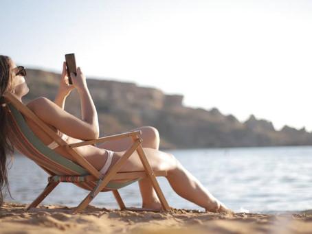 Che effetto ha rispondere alle mail mentre siamo in vacanza?