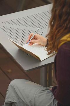 digital wellbeing workshop_edited.jpg
