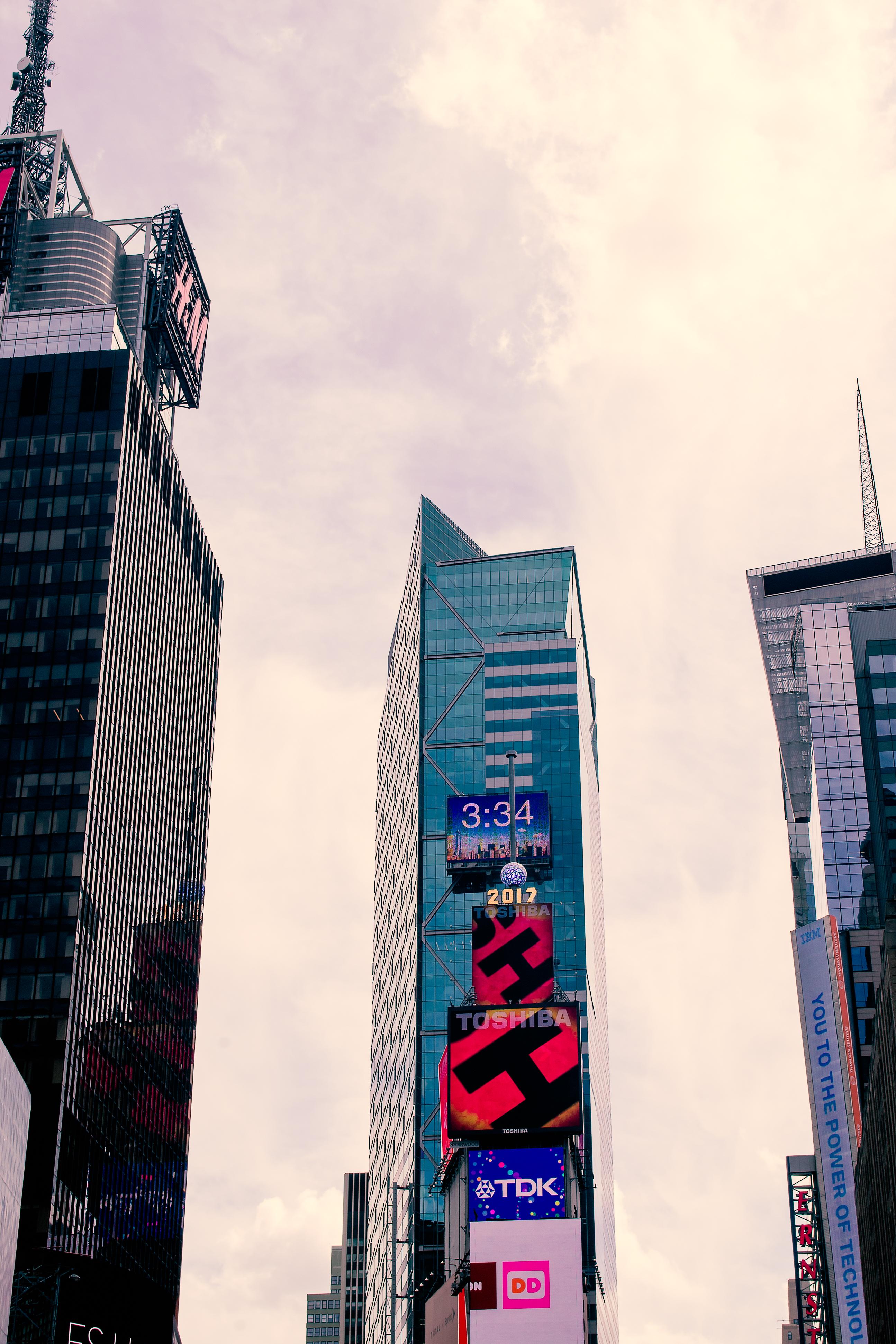 New York, New York 03